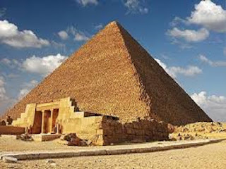Gambar Wisata Mesir Piramida Khufu (Giza)