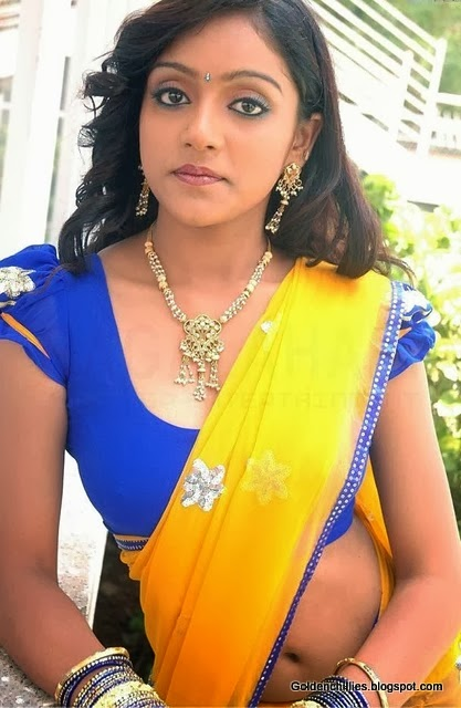 how to wear half saree in sexy way
