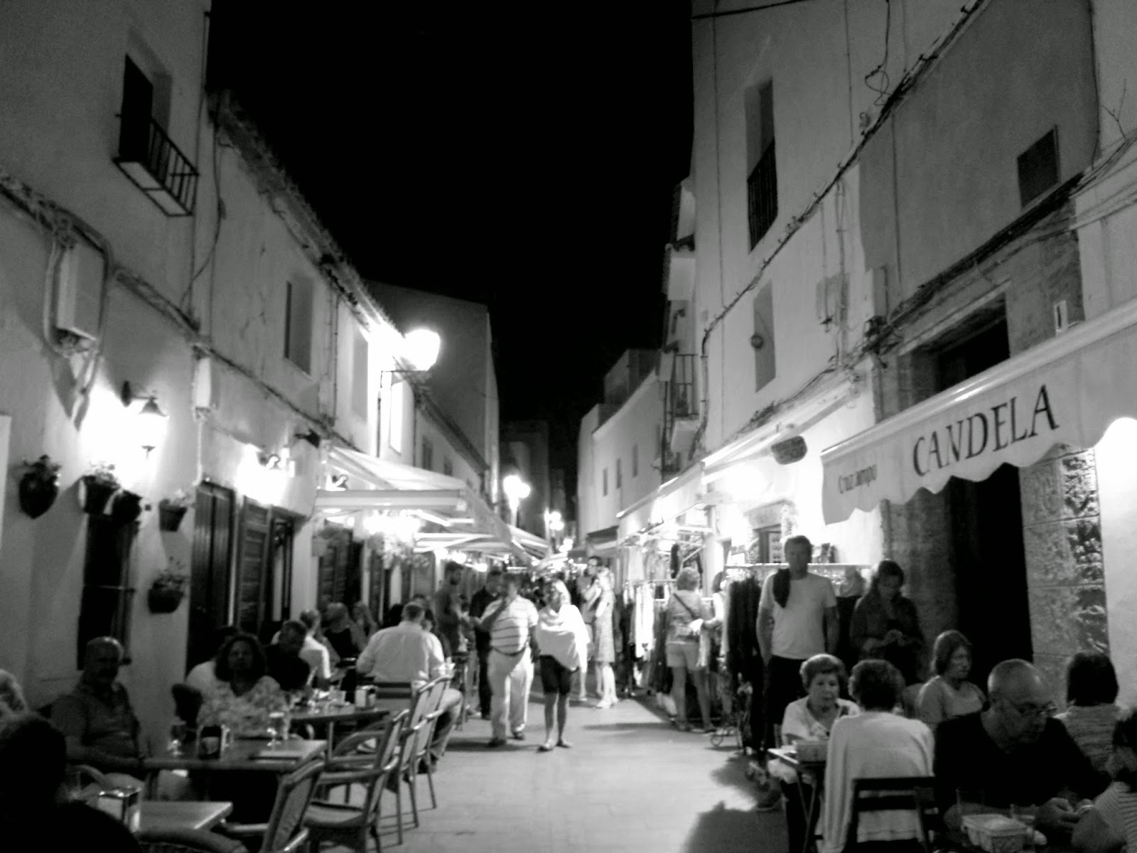 Conil nightlife  |  Postcard from Andalucía: Conil de la Frontera on afeathery*nest  |  http://afeatherynest.com