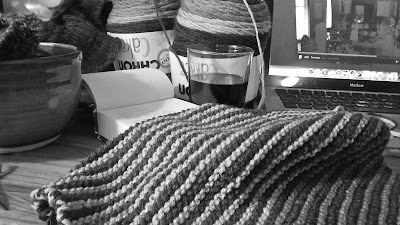 Knitting the Baktus Scarf, drinking wine & watching The Crown on Netflix