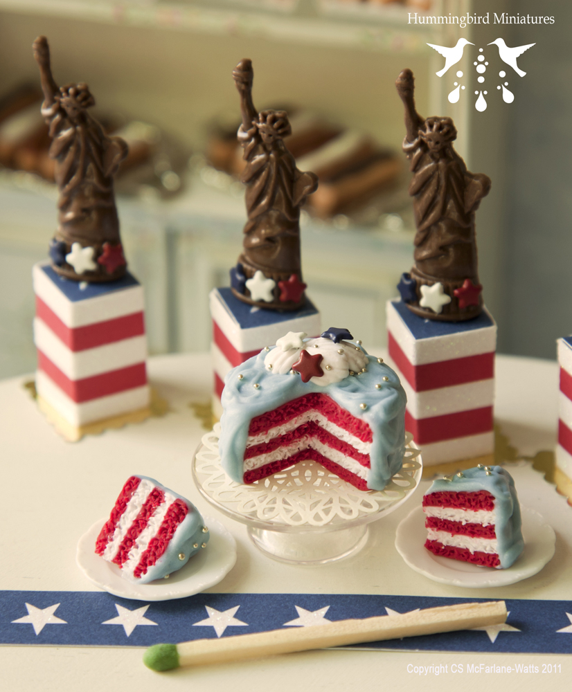 Hummingbird Miniatures: Baking For The 4th