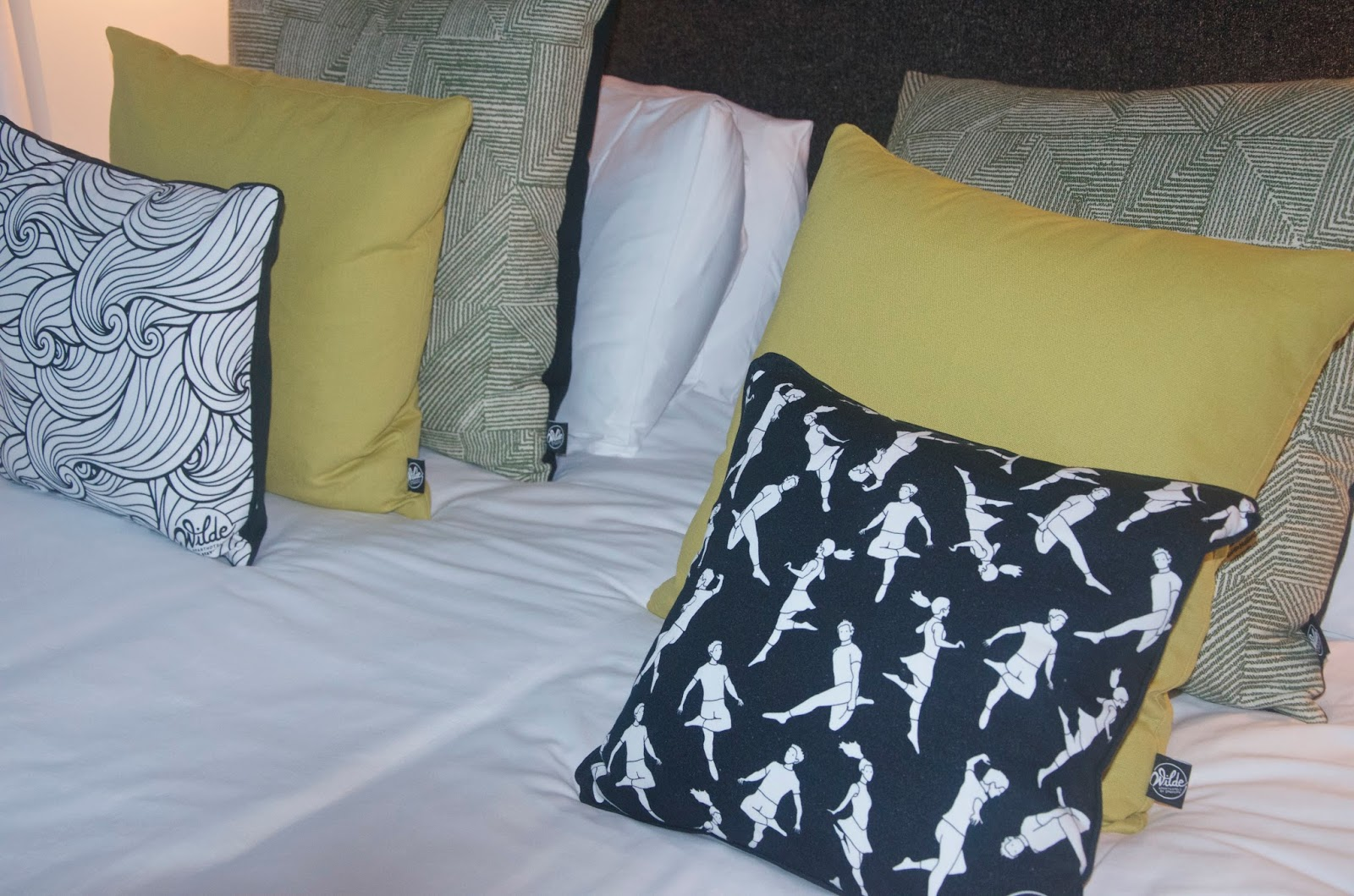 Wilde Aparthotels by Staycity bedding and throw pillows