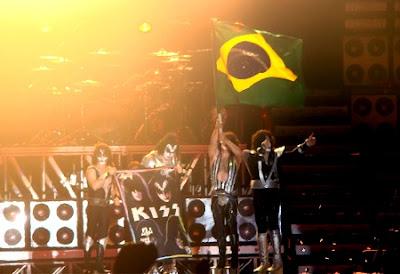 Resultado de imagem para kiss  brasil