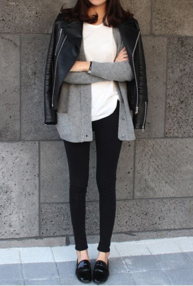 When it get colder you can find your favorite soft sweater and mix it with black&white style