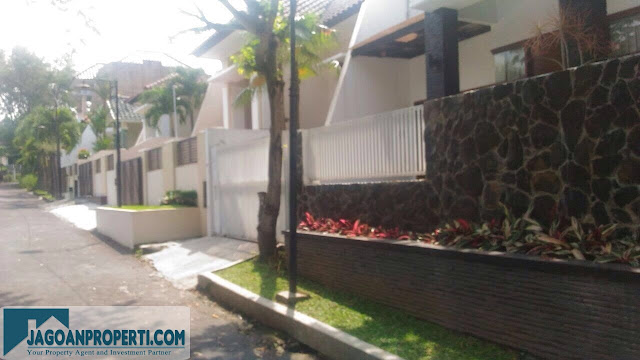 Dijual murah rumah mewah di Puncak Dieng Malang Kota