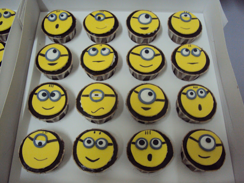 Crazy Foods Minions Cakes And Cupcakes Ideas