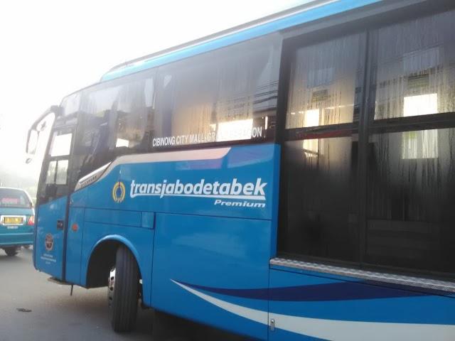 Bus Transjabodetabek Cibinong City Mall (CCM) - Plaza Senayan dan Paragon City Jakarta Pusat