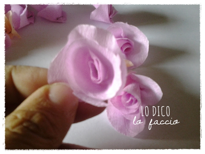 rose di carta crespa