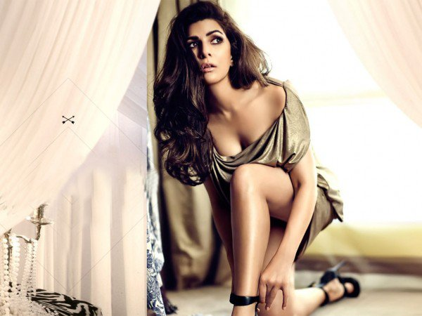 Actress Nimrat Kaur sexy