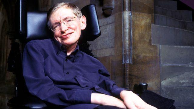 Física Pioneer Stephen Hawking não é mais, morre pacientemente aos 76