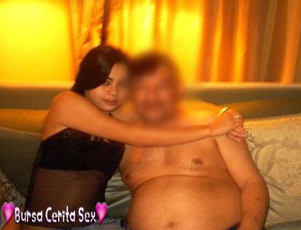 Bursa Cerita Sex: Sang Pejabat