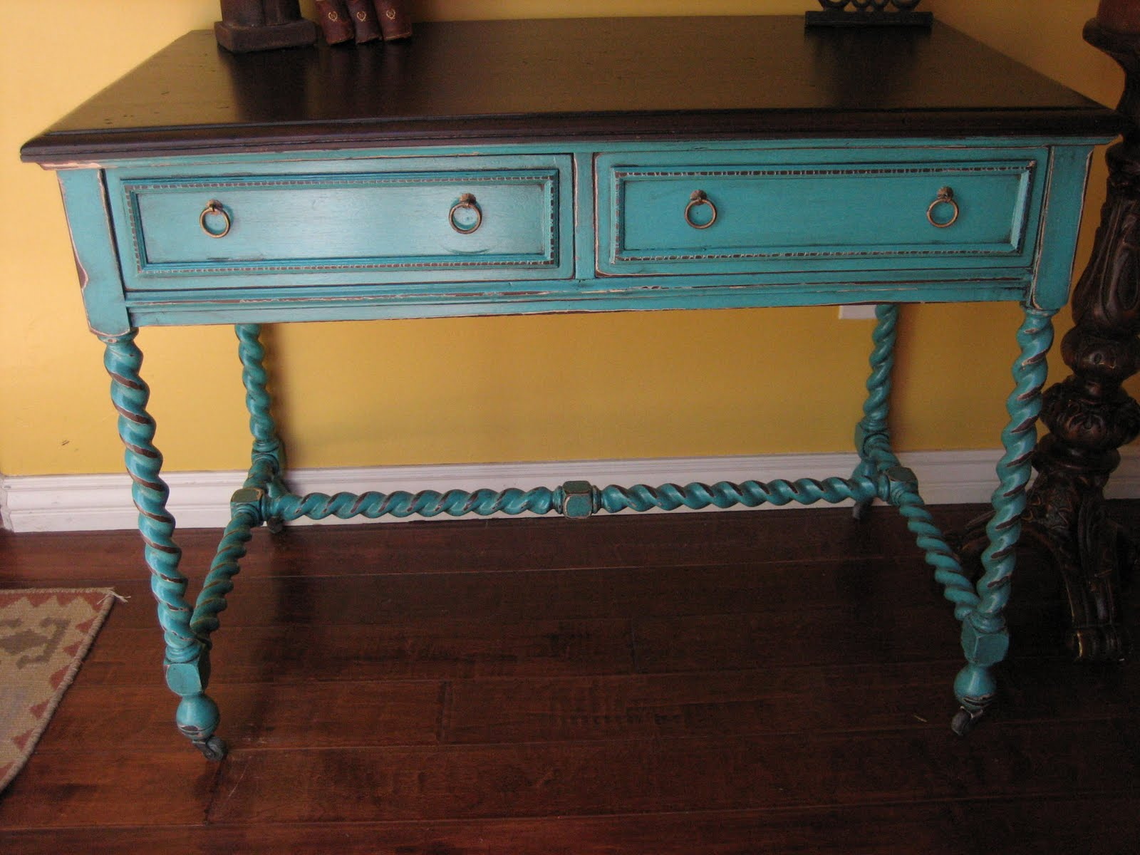 European Paint Finishes Turquoise Accent Table