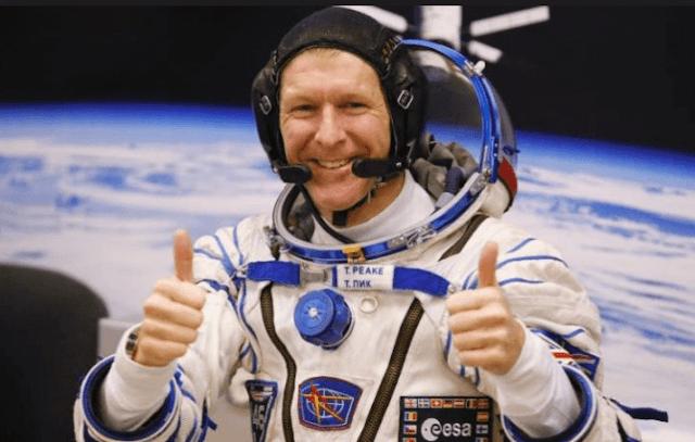 بث مباشر من المحطة الفضائية الدولية