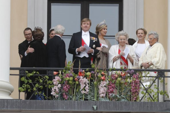 Princess mette-Marit, Queen Mathilde, Queen Silvia, Queen Maxima, Princess Victoria, princess Sofia, Princess Mary tiara