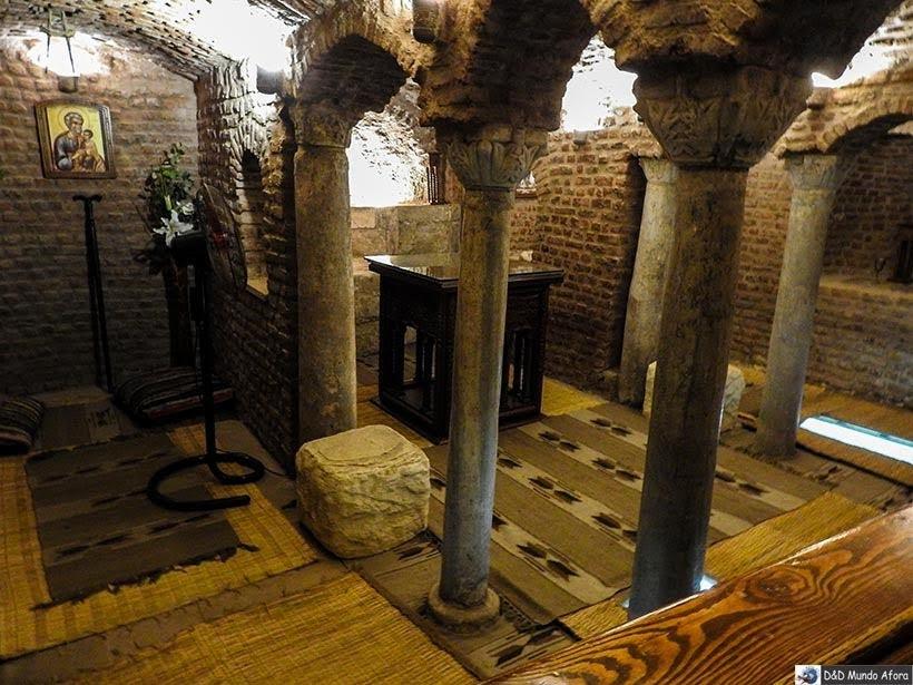 Cripta Sagrada na Igreja dos Santos Sérgio e Baco no Cairo Copta - Diário de Bordo: 2 dias no Cairo