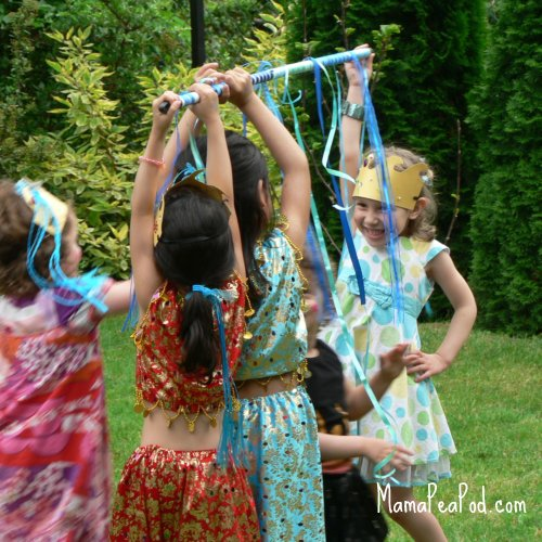 We Love To Have Birthday Parties Outdoors Whenever Possible Had A Super Time At Princess Peas Party Last Weekend And Played Loads Of