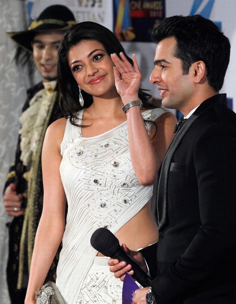 Kajal at zee awards