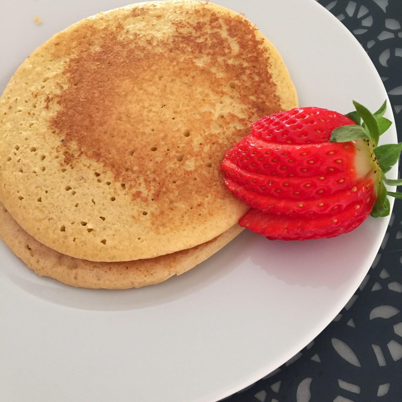tortitas almendra, almond pancakes, panquecas almendra