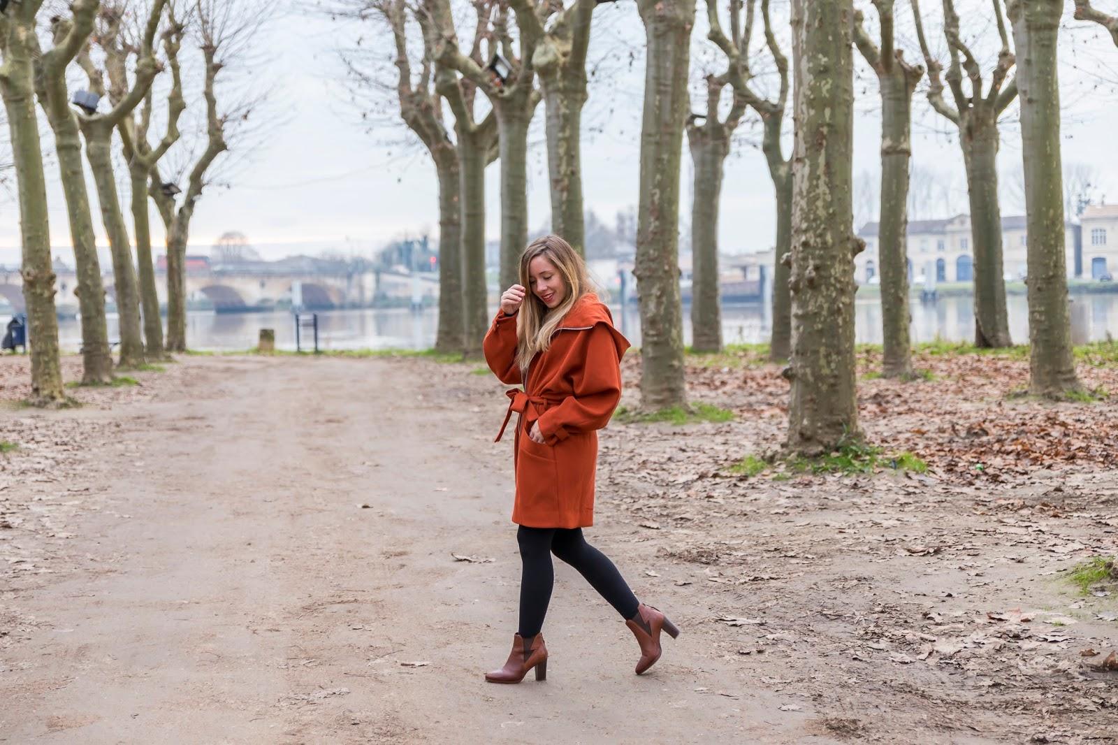 Manteau terracotta automne