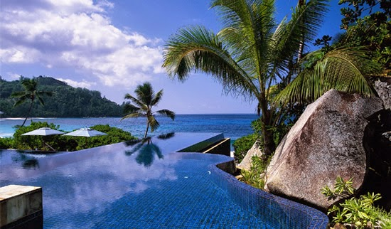 Banyan Tree Seychelles Infinity Pool