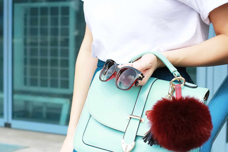 margarita_maslova_vine_t_shirt_green_midi_skirt_marsala_heels