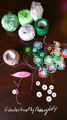 Buttons for International Tatting Day on wandasknottythoughts.blogspot.com