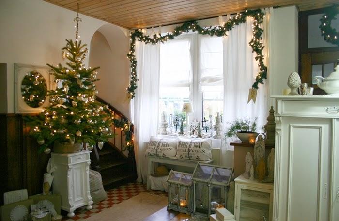 lovely vintage frohe weihnachten im shabby chic bauernhaus teil i. Black Bedroom Furniture Sets. Home Design Ideas