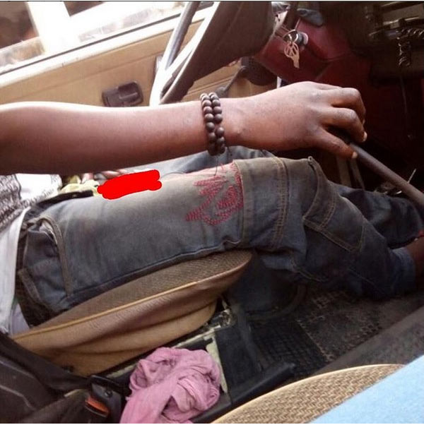 Lagos driver dazzles passengers after bringing out manhood inside bus