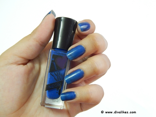 Sally Hansen I Heart Nail Art Neon Nail Color Blueberry Burst Review