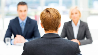 خاصية البحث عن وظيفة بلغة معينة Joblang تطلق