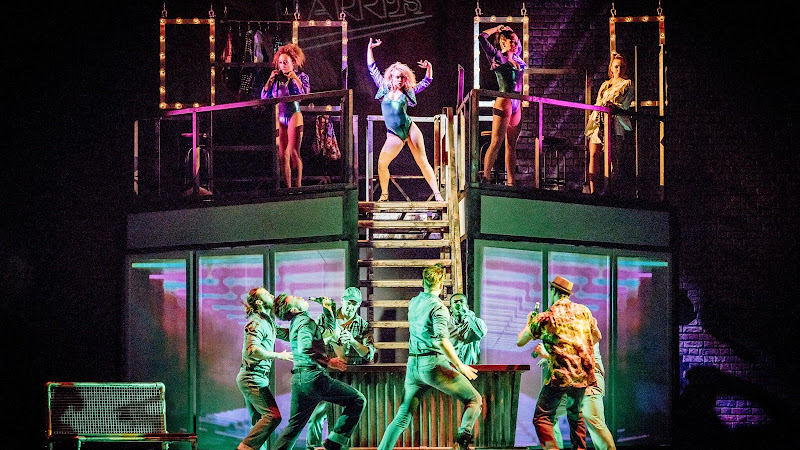 Flashdance (UK Tour), New Victoria Theatre   Review