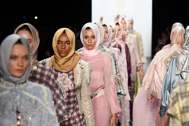 Catwalk with Hijabs in New York Fashion Week