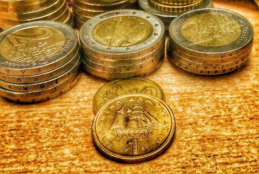 «Διαγραφή χρέους και δραχμή στην Ελλάδα»