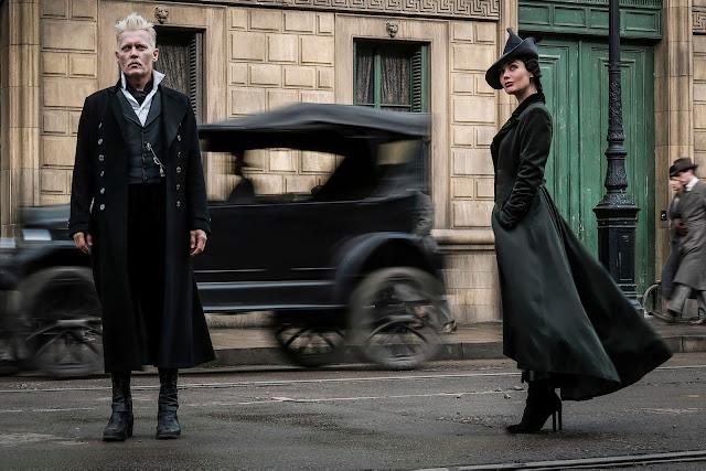 Grindelwald e vilã juntos em nova foto | Ordem da Fênix Brasileira