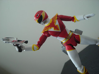 SH Figuarts Red Hawk 06