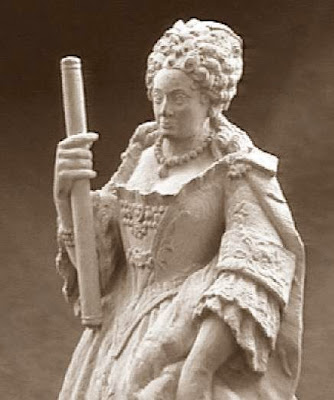 Quinto juego de ajedrez, María Luisa Gabriela de Saboya, reina blanca
