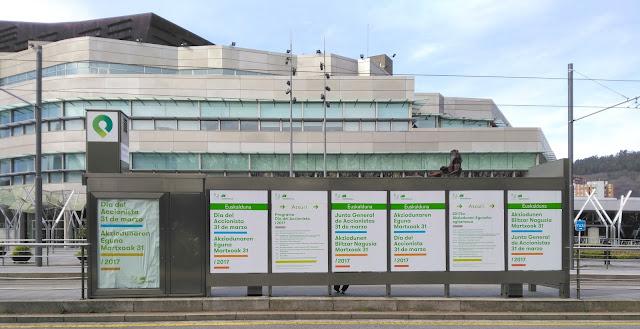 Palacio Euskalduna exterior, día accionista Iberdrola
