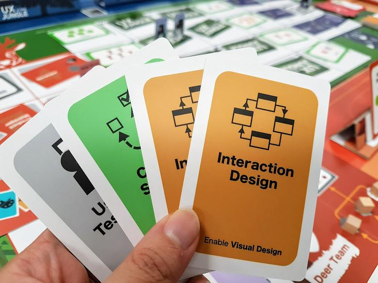 最多四張的手牌,要謹慎保留並且分享給團隊成員,以獲得最高效率的運用