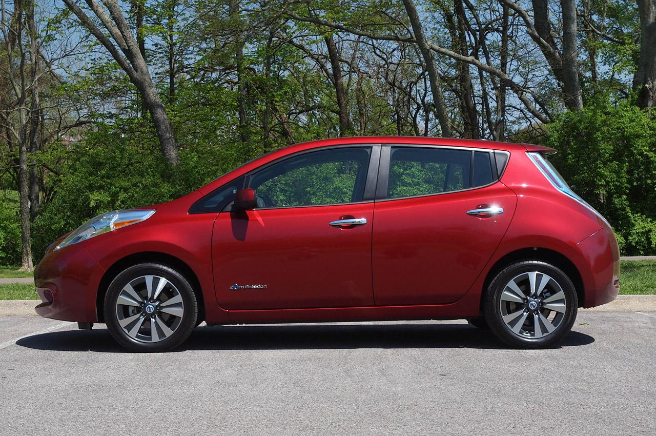 Automotiveblogz: 2013 Nissan Leaf: First Drive Photos