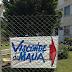 Moradores de Visconde de Mauá fazem ação com faixas indicando caminho pela Serra do EME