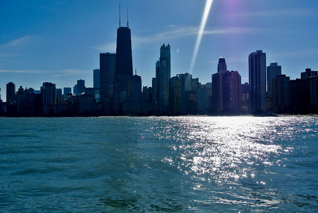 chicago skyline north avenue beach