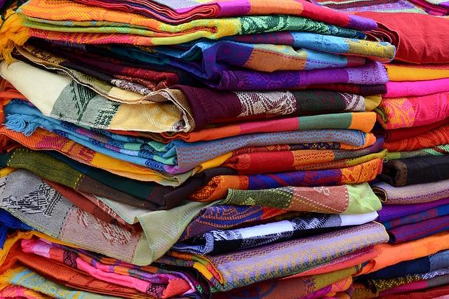 Colchas y cobertoresKANGUTINGO FULARES