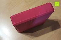 Seite: Yogablock »Damodar« - flach- erhältlich in den Trendfarben: Erdbraun Moosgrün Bordeaux Currygelb Lila - der ideale Yogaklotz aus gehärteten Schaumstoff (Hartschaum)- REACH geprüft (keine Schadstoffe) der Yoga Brick ist ein praktisches Hilfsmittel (Yogazubehör) für eine Vielzahl an Yogaübungen / Asanas : Gesamtgewicht liegt bei ca.180g (schön leicht) / Größe 28cm x 20cm x 5cm