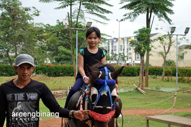 kuda horse riding scientia square park tangerang
