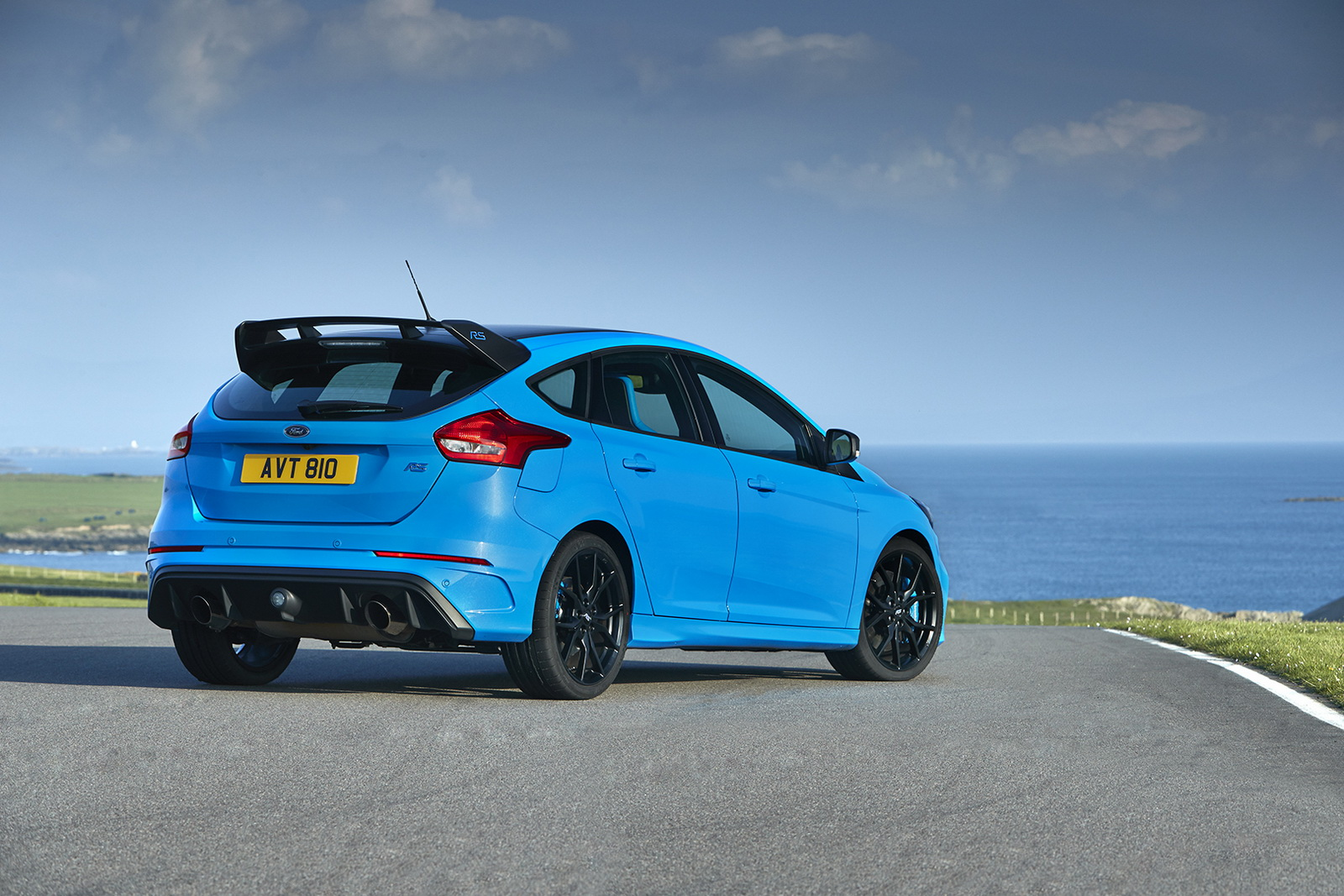 euro spec ford focus rs also getting limited slip diff option. Black Bedroom Furniture Sets. Home Design Ideas