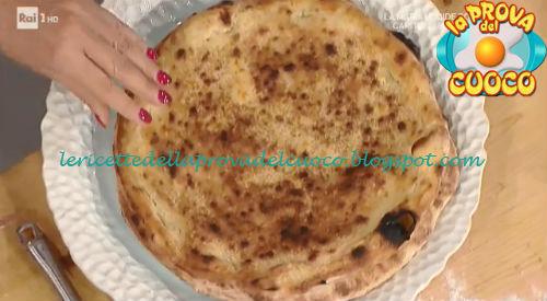 Ricetta Pizza con parmigiana di melanzane di Gino Sorbillo da Prova del Cuoco