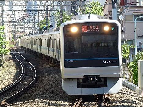 【ダイヤ改正で消滅!】RAPID EXP.表示の快速急行 片瀬江ノ島行き3000形