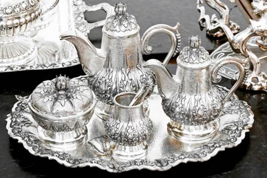 silver-crockery
