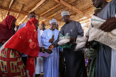 UNICEF and the United States Agency for International Development (USAID) have begun the distribution of 400,000 mosquito bed nets to displaced persons in Borno state.