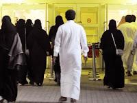 Warga Arab Sambut Pembukaan Bioskop Seperti Hari Raya